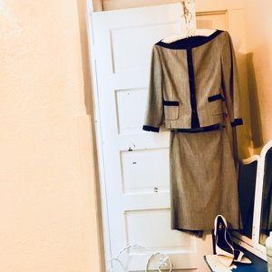 Ellie Tahari Women's Suit